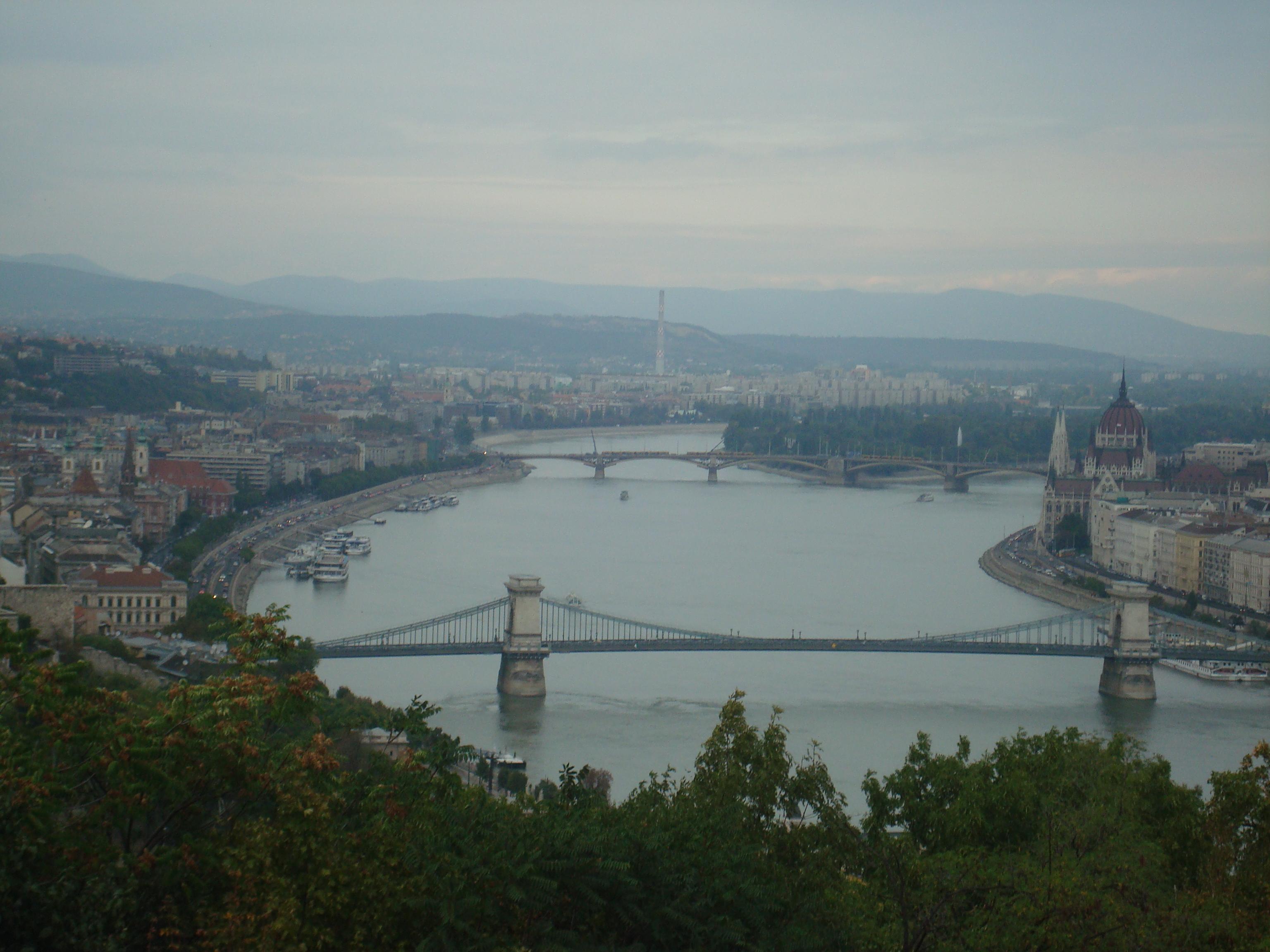 Budapeste rio e pontes